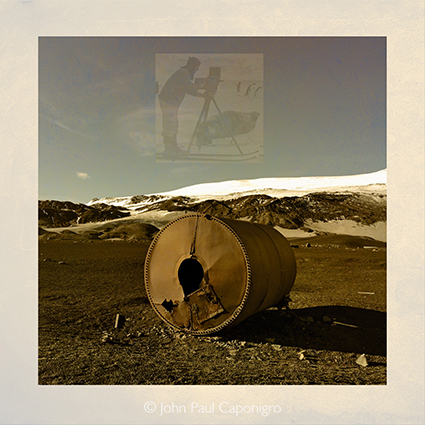 009_AntarcticaWhalersBay